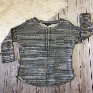 Tommy Bahama Pullover quarter zip sweater